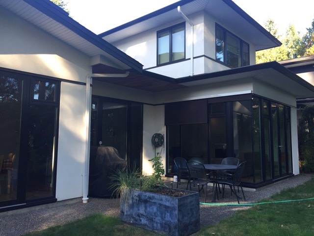 3 Bedroom, 2000 Sqft Furnished contemporary house for 3 month rental North Vancouver